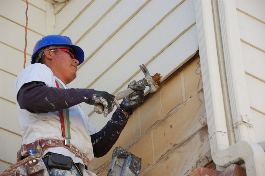 Siding repair in Loudoun County