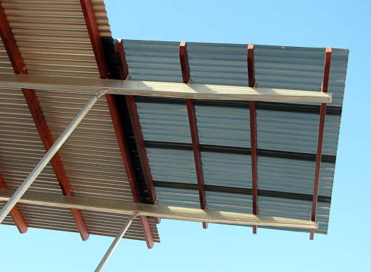 Benefits Of Corrugated Plastic Roofing Roofer911 Com